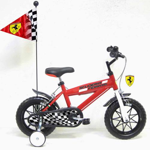 Bicicleta Ferrari 12 cu Steag si Casca