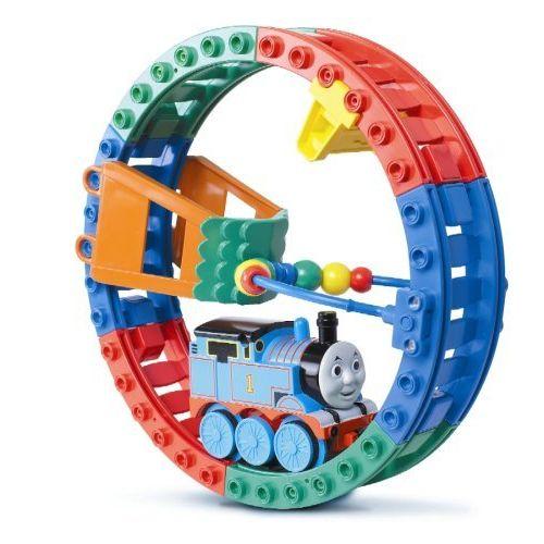 Trenuletul Loop The Loop Thomas
