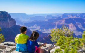 Ce ar trebui să experimenteze copiii pentru a crește neînfricați?