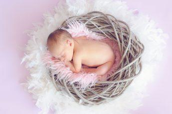 bebelusul in timpul zilei