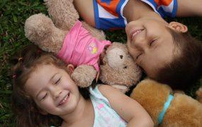 Ce este și cum dezvoltăm inteligența emoțională a copilului