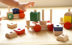 Idei de cadouri de jucării din lemn