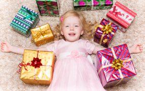 5 idei de cadouri pentru un copil de 4 ani