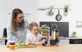 Cum gătim mai rapid? Roboții de bucătărie, un real ajutor în viața oricărei mămici