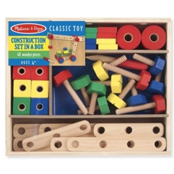 Melissa and Doug - Set din Lemn de Construit cu Suruburi
