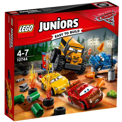 LEGO Juniors Cursa Nebuneasca de la Thunder Hollow 10744