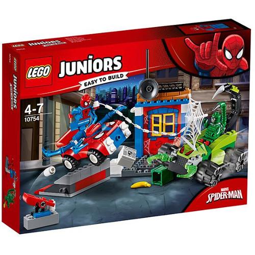 LEGO Juniors Confruntarea dintre Omul Paianjen si Scorpion 10754