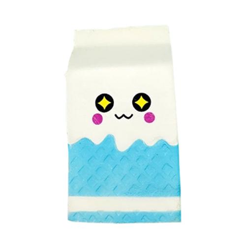 Jucarie Squishy Cutie cu Lapte