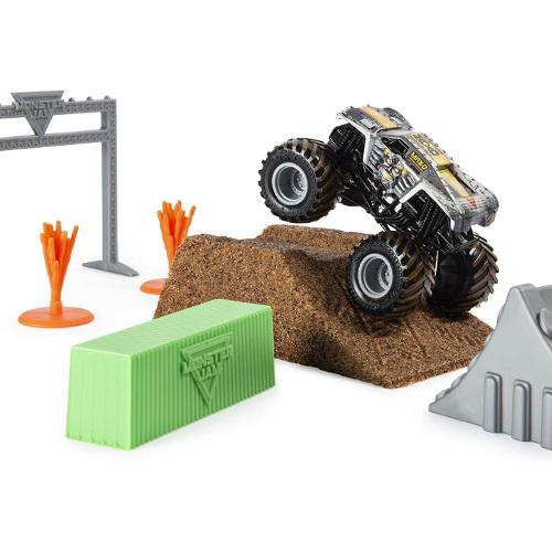Set de Joaca Camioneta Max-D cu Nisip Kinetic si Accesorii MaxFun Monster Jam